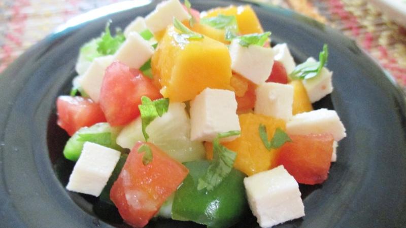 mango pepper salad